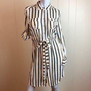 3/$27 BCBG Long Sleeve Snap Front Shirt Dress